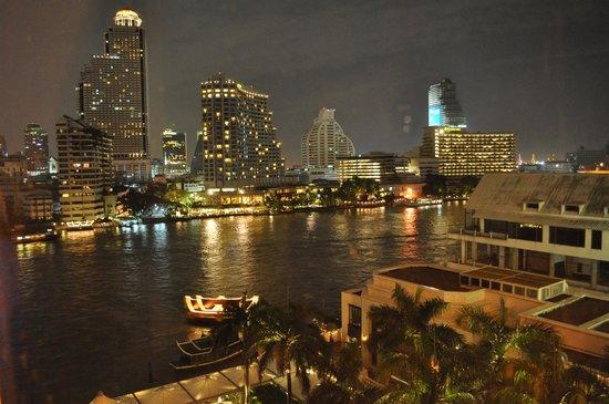 The Peninsula Bangkok: panorama dalla stanza