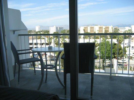 Hotel Astoria Playa Only Adults : Balcón