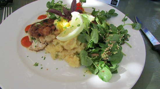 Moggs Country Cookhouse : not a morsel left