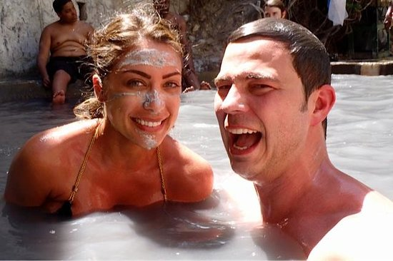 Ladera Resort: Rinse off in the Volcano's Sulfer Spring Water