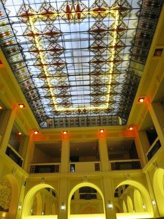 Hotel Grandezza: The lobby