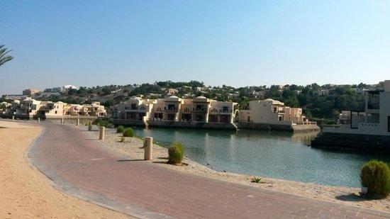 Cove Rotana Resort Ras Al Khaimah: view of hotel from the beach