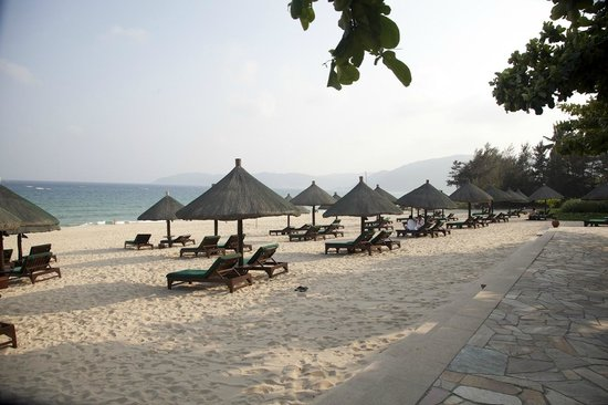 Sanya Marriott Yalong Bay Resort & Spa: yalong beach