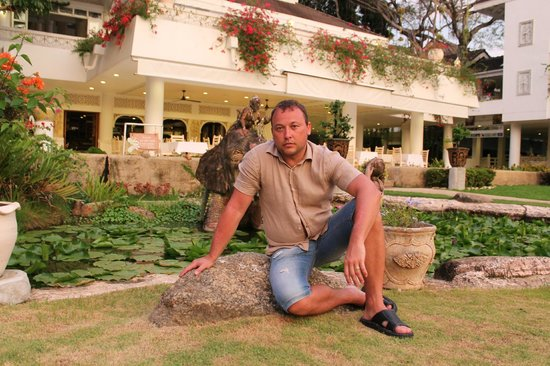 Thavorn Palm Beach Resort: территория отеля