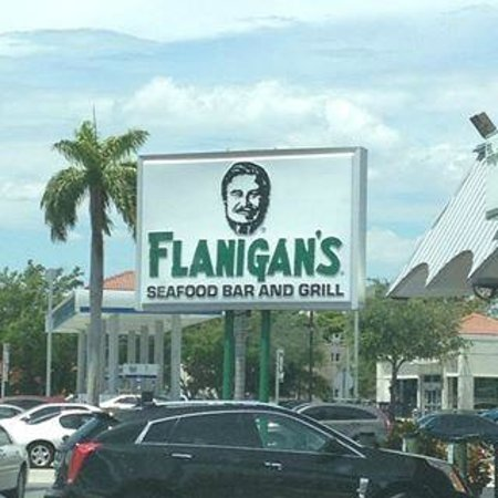 Flanigan's Seafood Bar and Grill: driving sucks are certain times