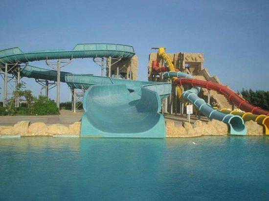 Tirana Aqua Park Resort: and more slides