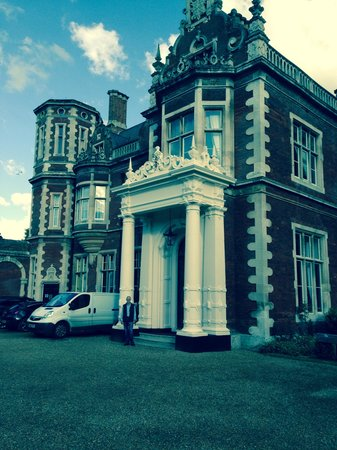 Lynford Hall: Front entrance