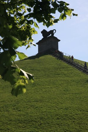 Waterloo Battlefield: the Lion Hill , built as a memorial to the common soldiers who died.