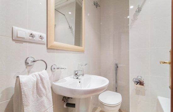 Hotel Reig: baño
