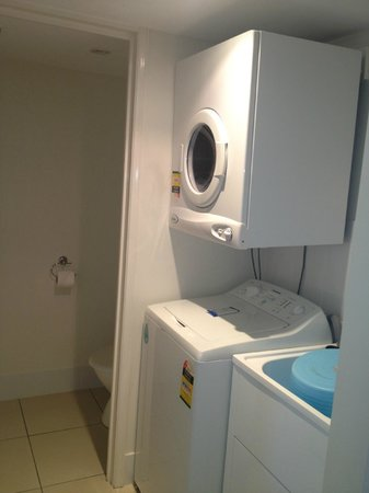 Noosa Keys Resort : Typical laundry in every unit