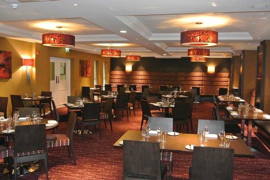 Lyttons Bar & Brasserie