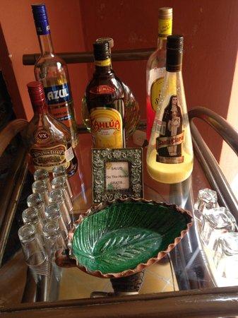 Luz En Yucatan: complimentary drinks trolley