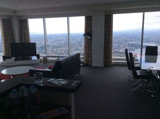 Meriton Serviced Apartments World Tower: views to north west