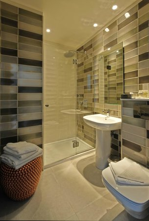 Hotel Stella Etoile: Bathroom