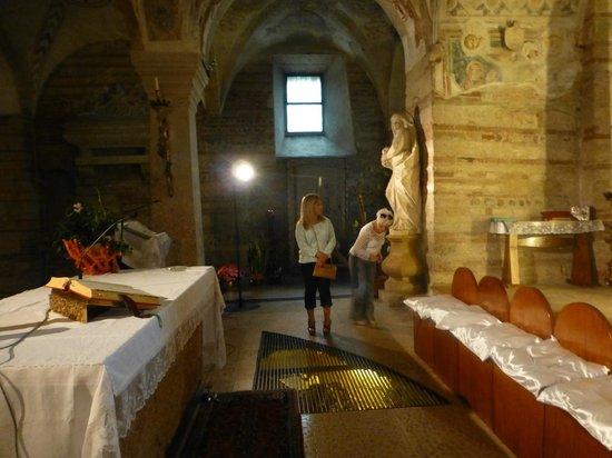 Chiesa di San Fermo: Interior
