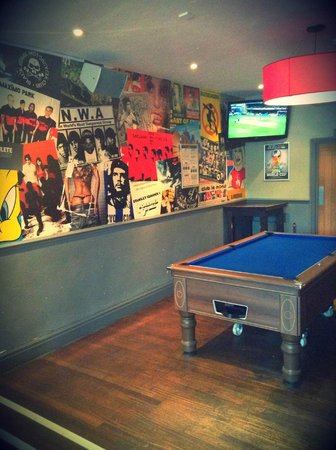Belushi's - Greenwich: Pool Table on site