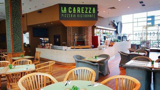 La Carezza Pizzeria Ristorante - Metropole Zlicin