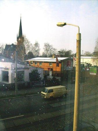 NH Dresden Neustadt: vista da Fritz-Reuter Strasse