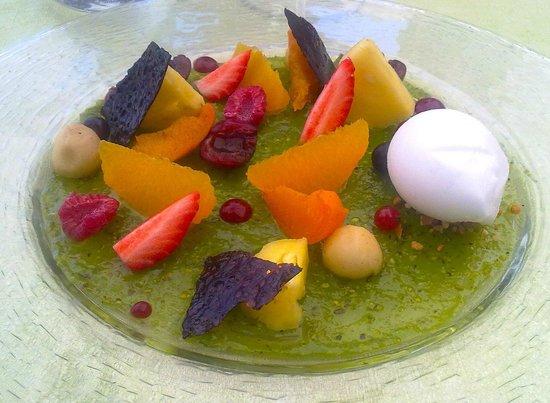 dessert de pistache nuance de caramel picture of restaurant sensation bistronomik lattes
