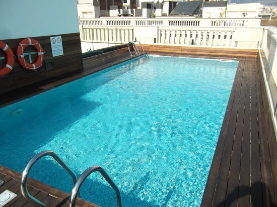 K+K Hotel Picasso : Rooftop plunge pool