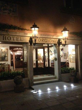 Hotel Giorgione : front of hotel