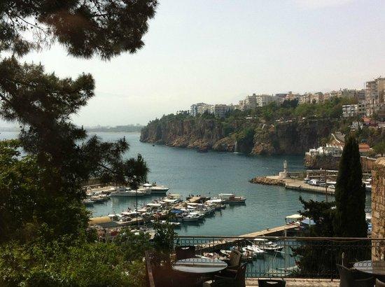 Puding Marina Residence : Affacciandosi dalla finestra
