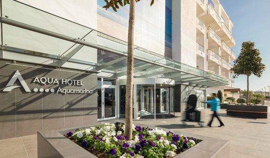 Aqua Hotel Aquamarina & Spa: Entrance