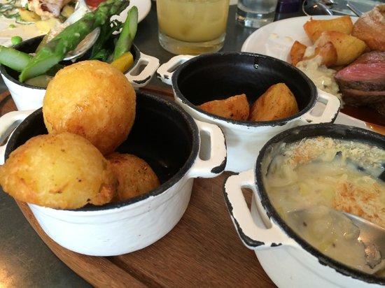 Clayton's Kitchen: Sunday Roast