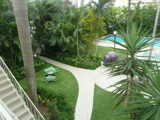 Grand Palm Plaza : beautiful gardens