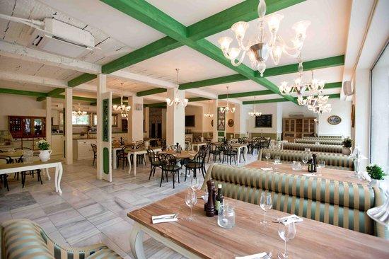 Photo of Modern European Restaurant Zylinder - Cafe & Restaurant at Hviezdoslavovo Nám. 19, Bratislava 811 02, Slovakia
