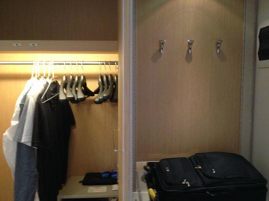Starhotels Tuscany: closet