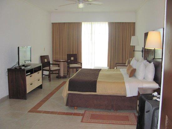 Hotel Marina El Cid Spa & Beach Resort: Room 1734, Building 17