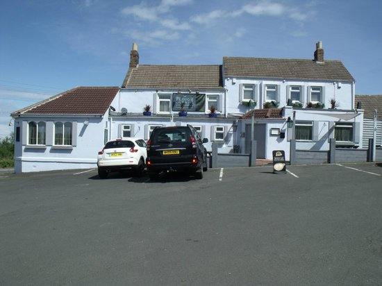 Plough Inn: outside view