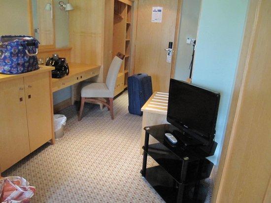 Lancaster House: Suite Living Area