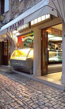 7 Palmi
