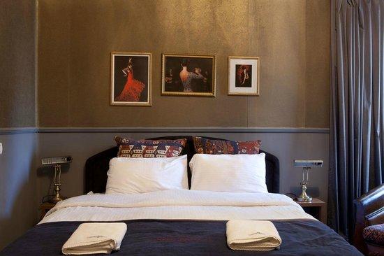 Hotel Ness Ziona : Room