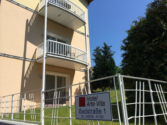 Arte Vita: Außenansicht Balkone seitlich