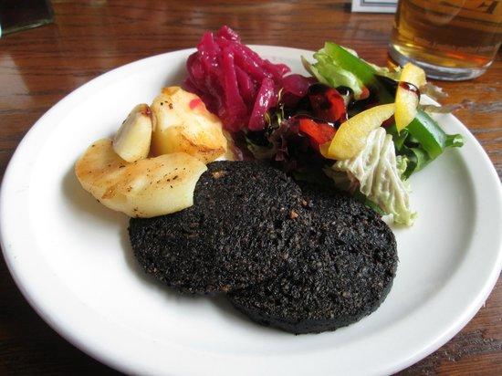 Corbie Inn: Black Pudding starter