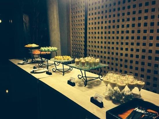Giorgio Italian Ristorante Pizzeria : the dessert buffet
