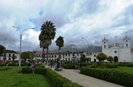 Chachapoyas Backpackers Hostal: Main Plaza Chachapoyas