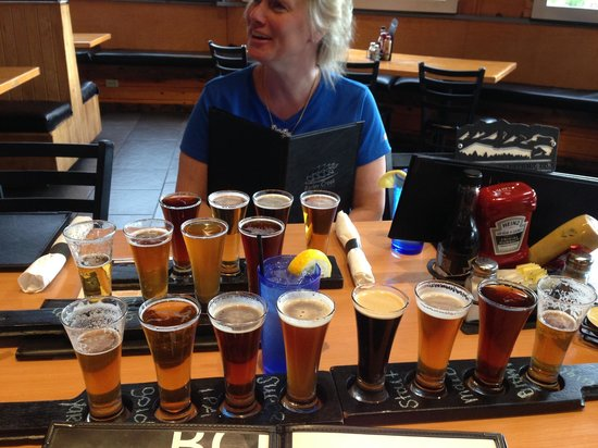 Barley Creek Brewing Company: Beer flights.