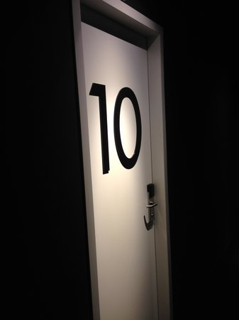 Boutique Hotel Glow: My room number