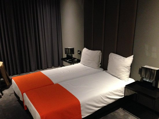 Boutique Hotel Glow: Beds pushed together