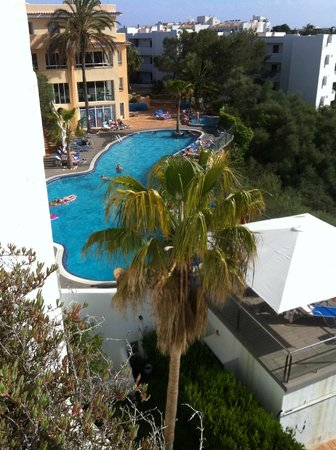 Ferrera Beach Apartments: Balcony view