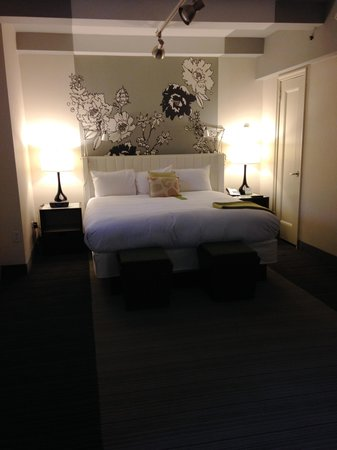 Manhattan NYC–an Affinia hotel: bedroom