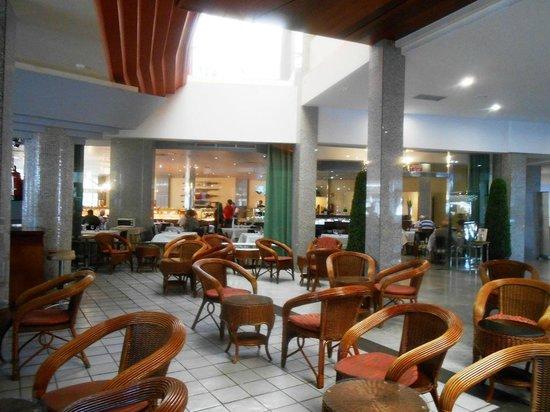 Hotel Escorial & Spa: Recepcion