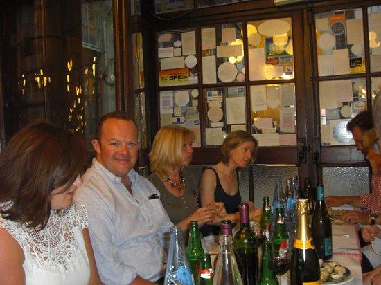 Le Bouillon Chartier : Enjoying the evening