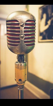 Sun Studio: The Famous Microphone used by Elvis +more