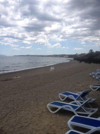 H10 Estepona Palace : Hotels beach