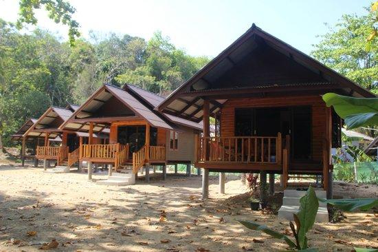 bungalows neufs en bois photo de koh yao sea view phang nga tripadvisor. Black Bedroom Furniture Sets. Home Design Ideas